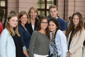 Die Gruppe der John-F.-Kennedy-Schule im Schlüterhof