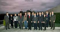 Gruppenfoto auf der Dachterrasse der US-Botschaft,
