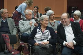 Die Vorstandsvorsitzenden Jael Botsch-Fitterling (Mitte), Helmut Schurmann (rechts) und Norbert Kopp (2. Reihe, 2. v.l.), Foto: Bianca Welzing-Bräutigam