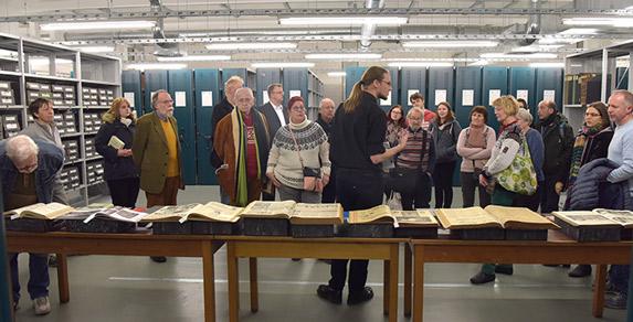 Führung durch die Dienstbibliothek des Landesarchivs Berlin, Fotograf: Thomas Platow